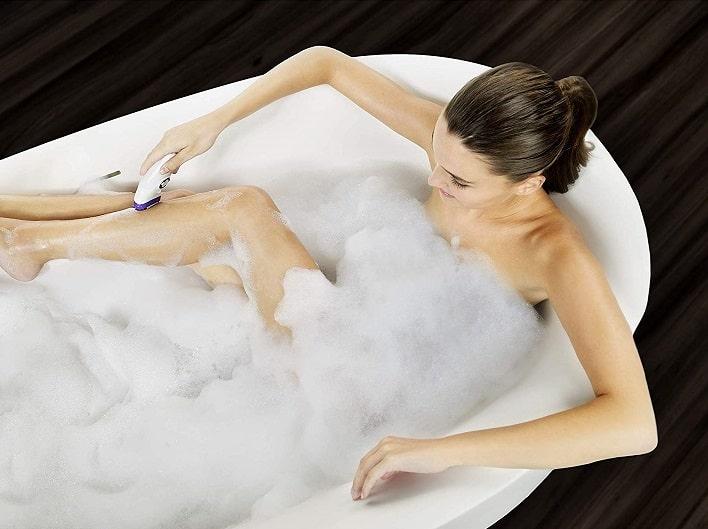 מכשיר להסרת שיער לשימוש רטוב במקלחת