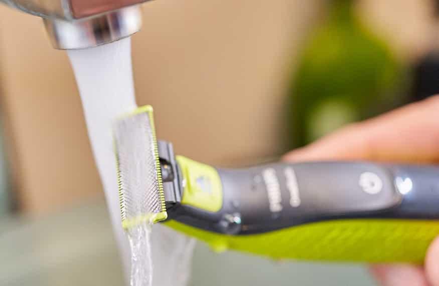 מכונת גילוח OneBlade של חברת פיליפס שטיפה במי ברז